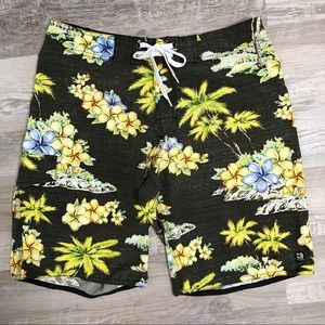 Distortion Hawaiian Tropical Board Shorts Stretch